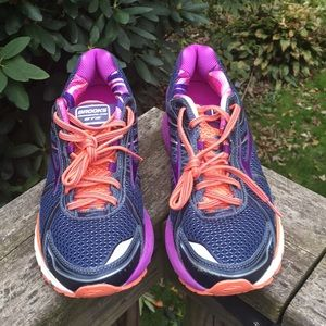 Brooks Adrenaline GTS Running Shoes (Unisex)